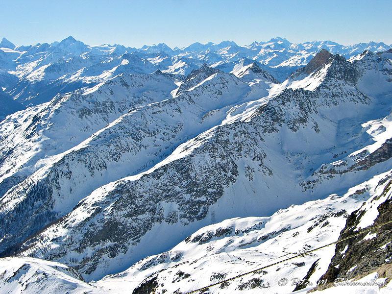 grossartiges Panorama von Matterhorn bis ...