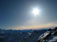 Alpenpanorama im Gegenlicht