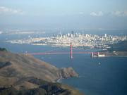 Golden Gate Bridge und San Francisco Downtown