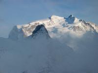 Monte Rosa im leichten Dunst, Riffelhorn im Vordergrund