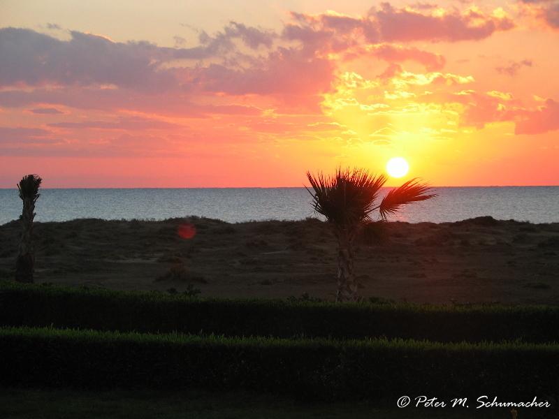 Sonnenaufgang vom Hotelzimmer aus