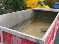 ca. 3 Kubikmeter Schlamm, Lehm, Mergel, Kies und Sand aus der Tiefenbohrung